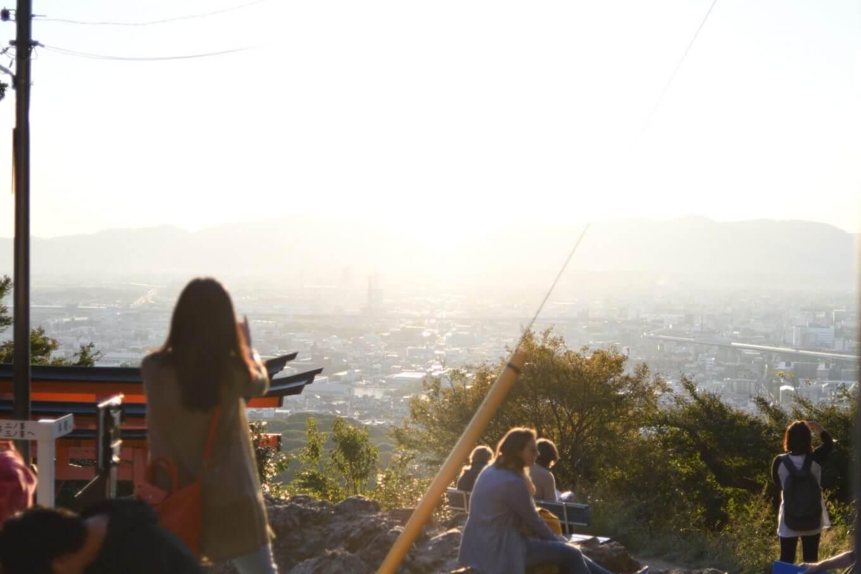 伏見稲荷の「四ツ辻」からの風景