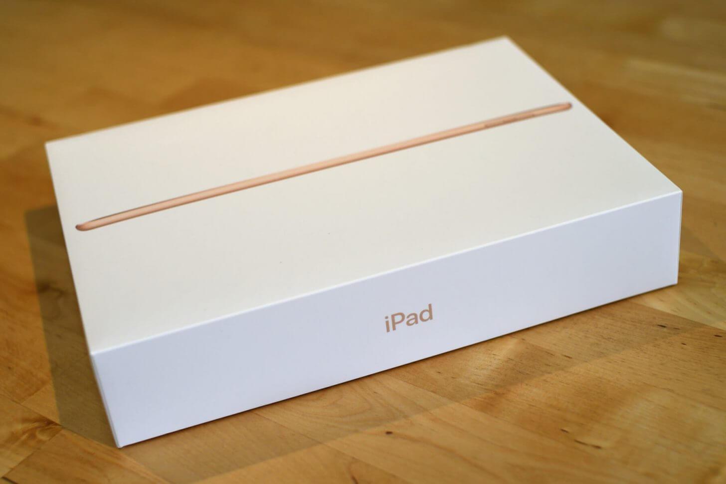 iPad2018の外箱