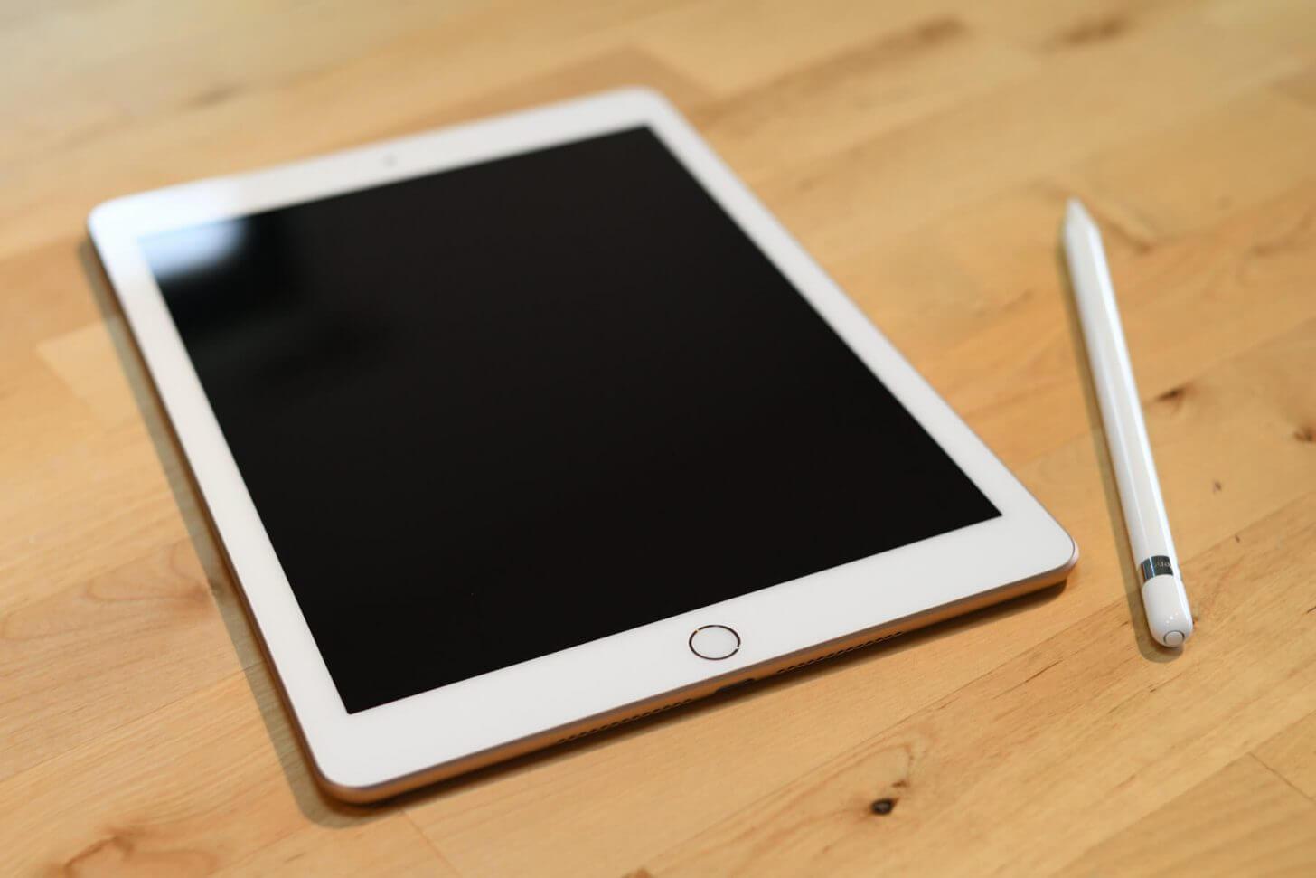 iPad2018とApple Pencil