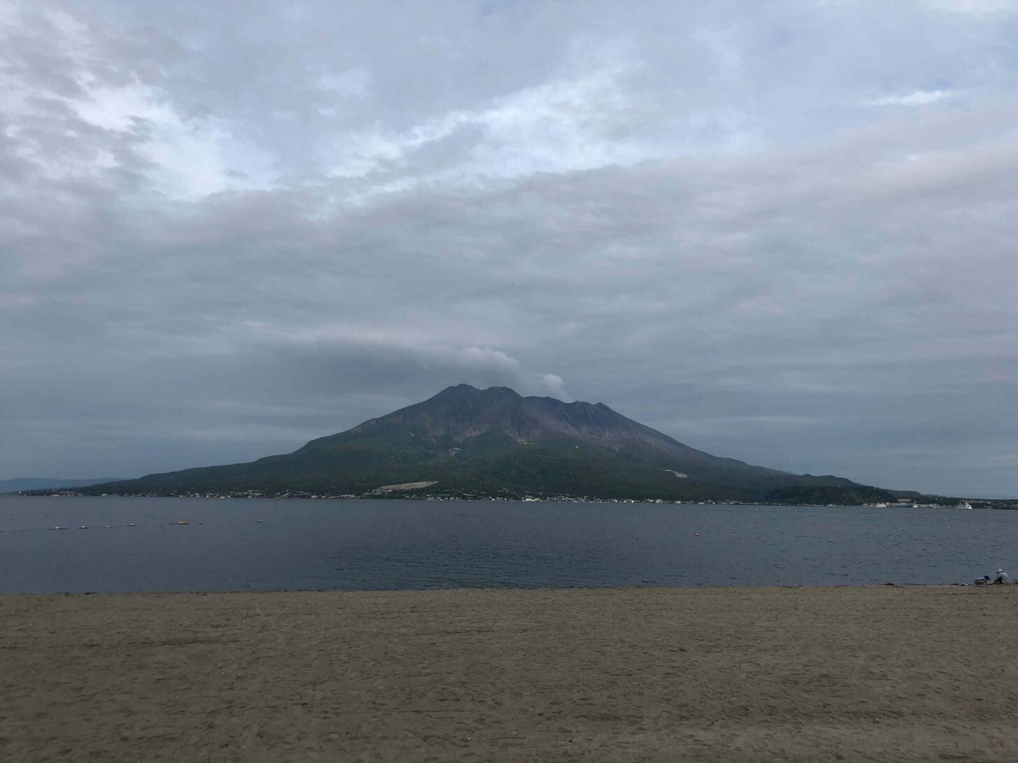 磯海水浴場からの桜島