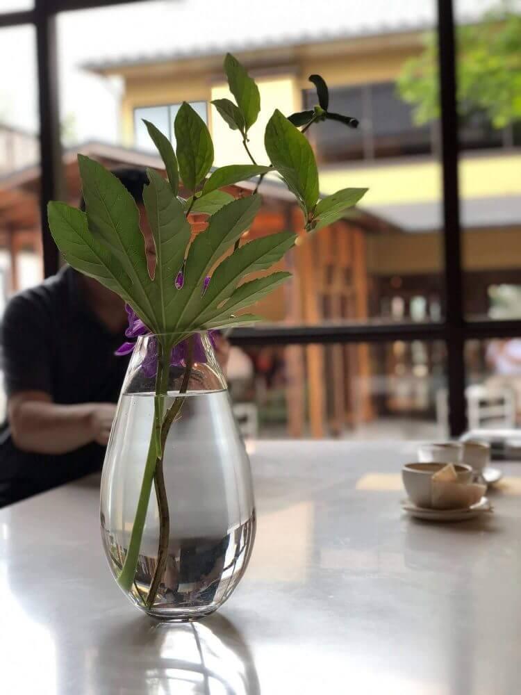 ブルーボトルコーヒー京都カフェ店内