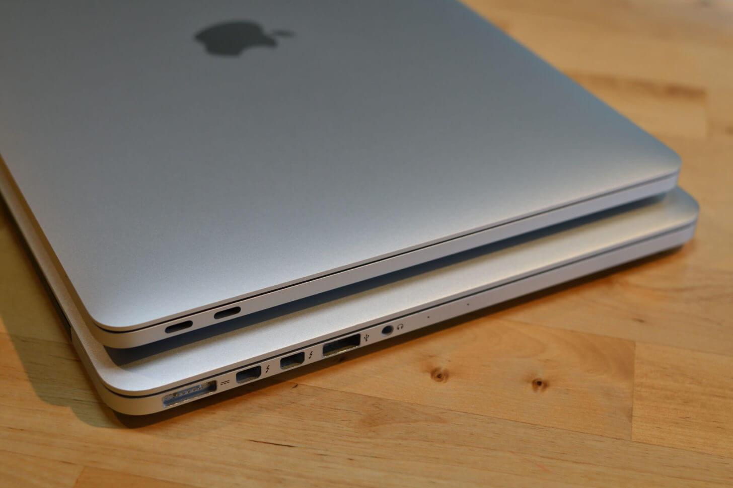 新旧MacBookProポート端子の比較