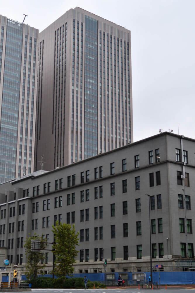 財務省・国税庁と文部科学省