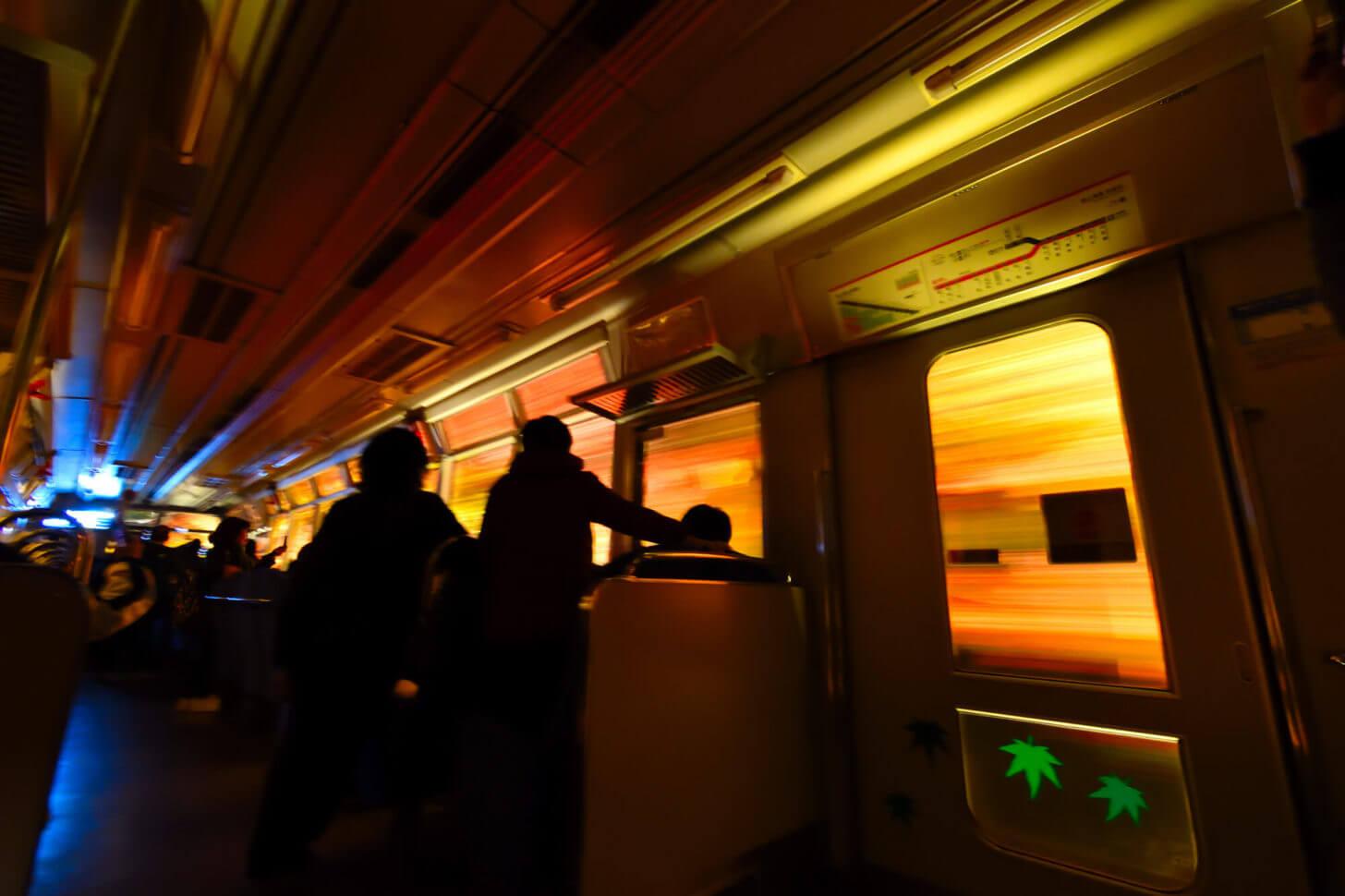 叡山電車・もみじのトンネル紅葉ライトアップ