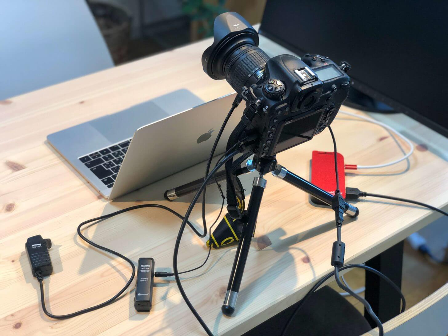 Nikon D500をウェブカメラとして使っている風景