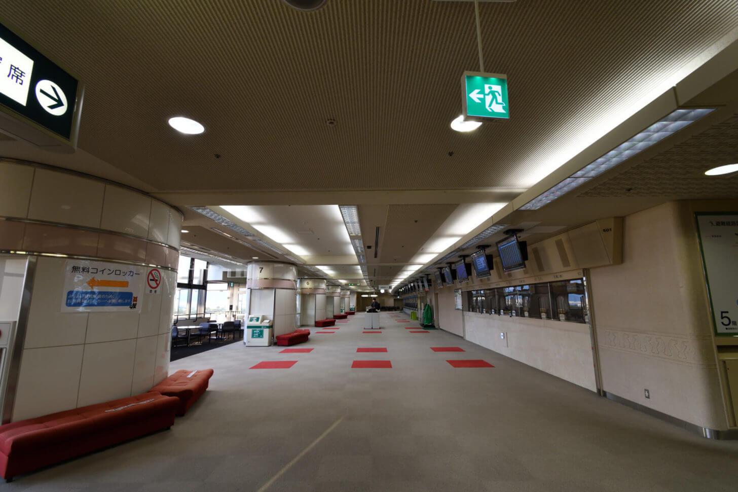改修前の京都競馬場特A指定席